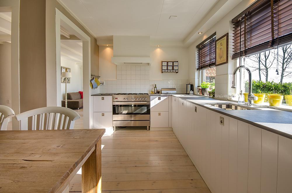 Küche umziehen: 7 Tipps, wie es richtig geht!