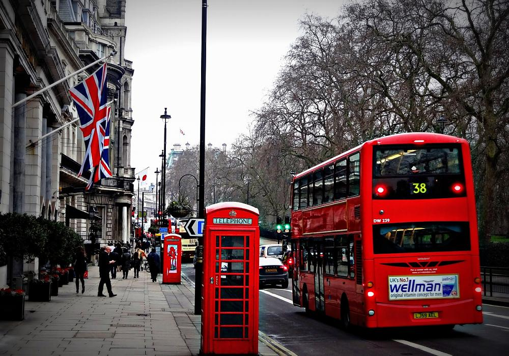 Umzug nach England planen: Alle Kosten & Tipps im Überblick!