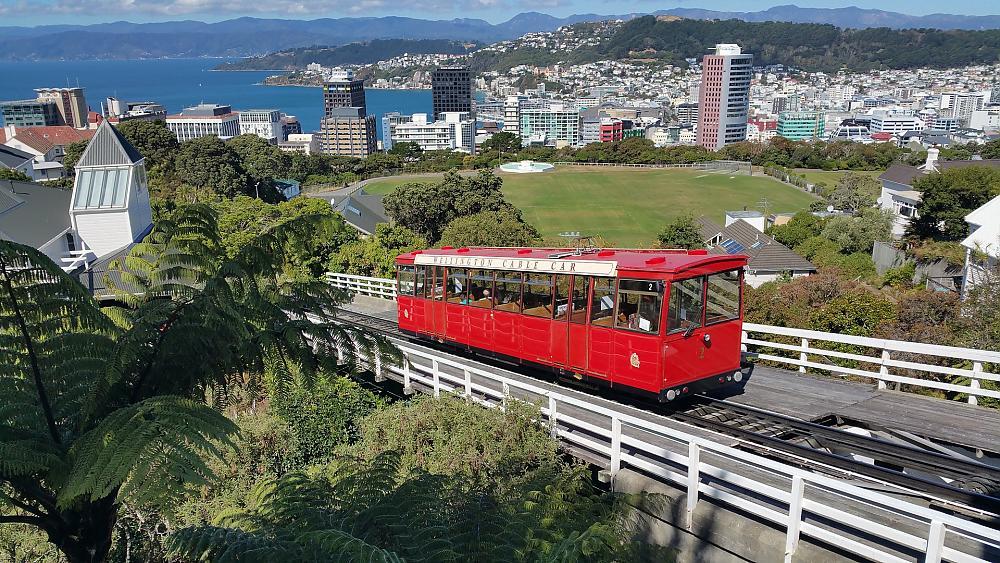 Umzug nach Neuseeland planen: Alle Kosten & Tipps im Überblick!