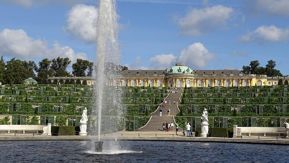 So findest du das günstigste Umzugsunternehmen in Potsdam: